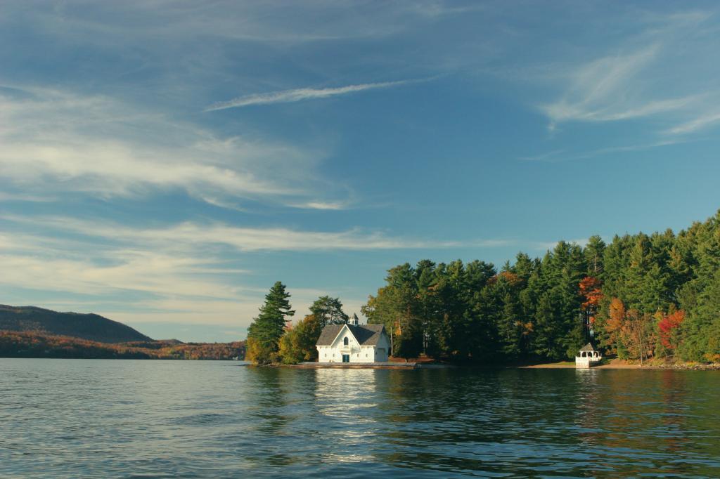 forest-house-idyllic-2416
